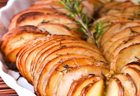 Гарнир из картофеля для праздничного стола.