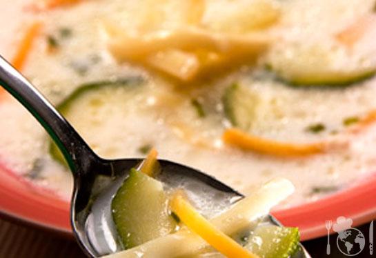 Суп молочный с овощами и вермишелью